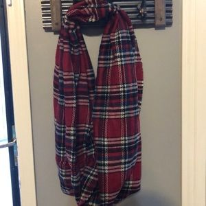 Accessories - Red plaid infinity scarf
